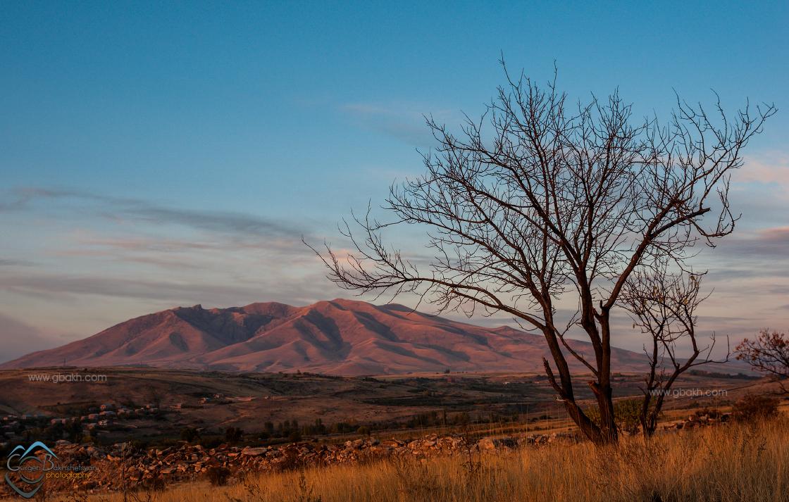 արա արաի արալեռ արայի արարատ բնություն լեռ լեռնաշխարհ հայ հայաստան հայկական հայոց հրաբուխ ճանապարհորդական սար սուրբ քրիստոնեություն քրիստոնյա