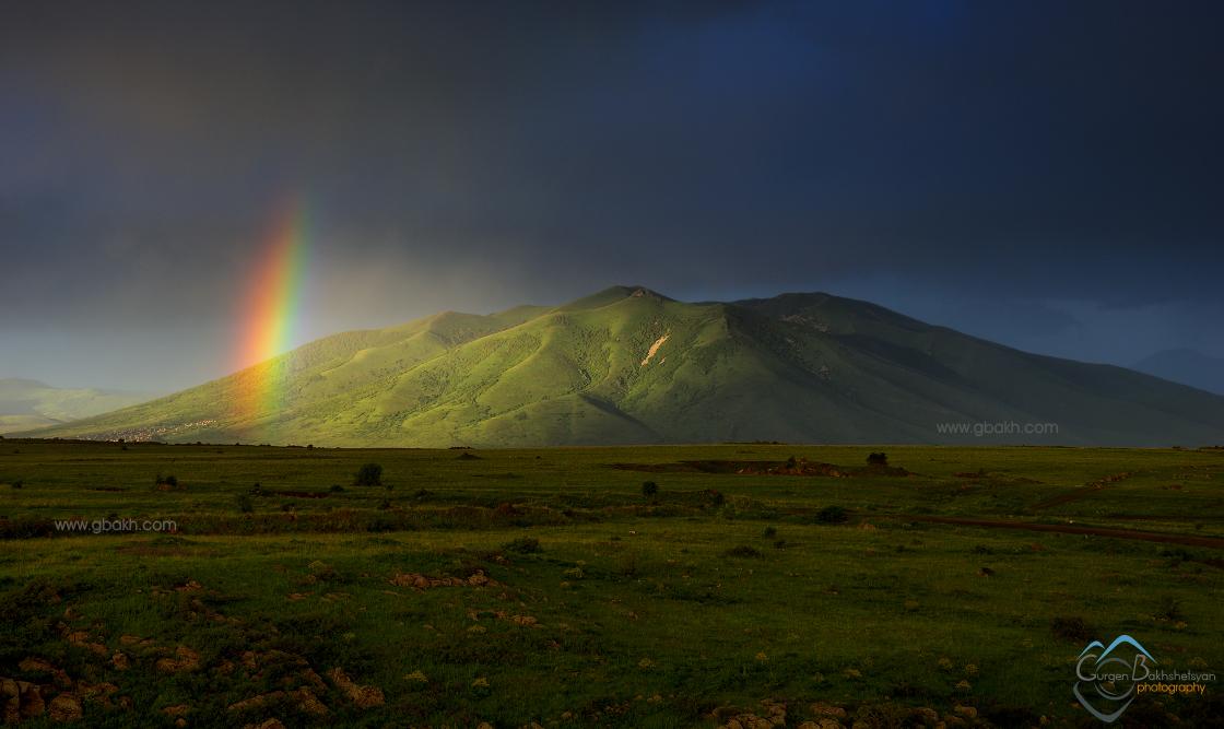 ara aragacotn aragatsotn aragatzotn arai arayi armenia armenian highland ler mount mountain mt. rainbow sar travel